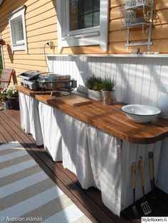 Summer Kitchen, Kitchen Cart, Old Houses, Wood Projects, Beach House, Cottage, Backyard, My Dream Home, Outdoor Decor