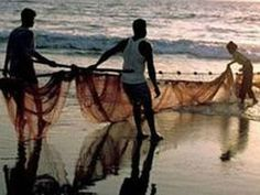 Pak apprehends 26 Indian fishermen, seizes 4 boats off Gujarat coast