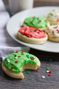Make your favorite store-bought cookie at home using this recipe for soft, sweet, and tender Lofthouse Sugar Cookies. Best Christmas Cookie Recipe, Holiday Cookie Recipes, Christmas Sugar Cookies, Christmas Baking, Christmas Goodies, Christmas Desserts, Christmas Treats, Holiday Foods, Holiday Cookies