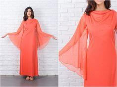 Vintage des années 70 Maxi déesse robe cloutée Angel manches pure drapé Col M 7081 robe vintage des années 70 robe robe moyenne Robe maxi