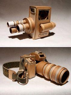 Des appareils photo en carton… et fonctionnels ! Antique Cameras, Vintage Cameras, Vintage Photos, Still Camera, Gadgets, Classic Camera, Camera Obscura, Camera Gear, Camera Photography