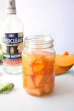 Want to make a refreshing Cantaloupe Liqueur Cocktail? Follow these simple steps to infusing your sweet summer fruit with Everclear®! Fruit Gin, Fresh Fruit, Beer Recipes, Alcohol Recipes, Refreshing Drinks, Yummy Drinks, Everclear Drinks, Jamaican Ginger Beer Recipe, Cocktail Recipes