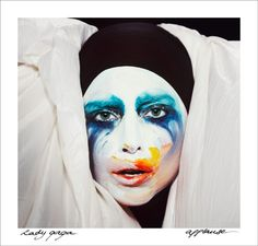 Lady GaGa Applause IT CAME OUT EARLY!!!!! Listen to it on http://www.kiss108.com/iplaylist/artist/1055684/