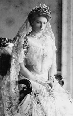 "thefirstwaltz: "" Princess Alice of Battenberg in her wedding dress, 1903. """