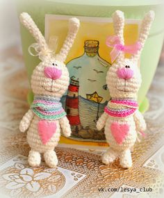Handmade вконтакте - Amigurumi Hasen (kostenlose Anleitung, nicht in Englisch, u . Crochet Bunny, Love Crochet, Crochet Animals, Crochet Toys, Amigurumi Patterns, Amigurumi Doll, Crochet Patterns, Amigurumi For Beginners, Stuffed Animal Patterns