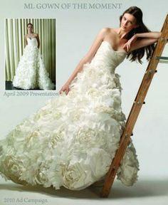 Google: rezultat iskanja slik za http://www.recycledbride.com/uploads/listing/2/2259/monique_lhuillier_sunday_rose_wedding_dresses_35262_view1.jpg