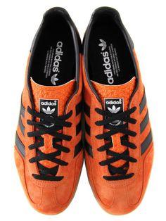 orange-suede-sneakers-with-black-laces-stripes-adidas-originals-gazelle
