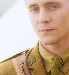 Tom Hiddleston in War Horse