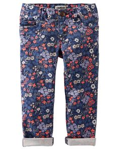 Crafted in floral, these soft twills make a perfect pair for summer and beyond.