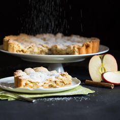 FALL: The F stands for Fabulous Food A collection of our sweet fall favorites you can find in the app now  Endlich Herbst endlich Zeit für dicke Pullover und ein zweites (oder drittes?) Stück Kuchen! Unsere Top 5 für herbstliches Hüftgold gibt es jetzt in der App  #fall #favoritefood #pie #apple #applepie #apfelkuchen #apfelstrudel #backenmachtglücklich #backenistliebe #mybakingaddiction #ilovebaking #cakelove #bakeoff #autumn #herbst #americanpie #tarte #applestrudel #apfelstrudel…