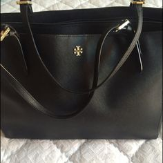 Authentic Tory Burch tote Authentic Tory Burch tote in black Tory Burch Bags Totes