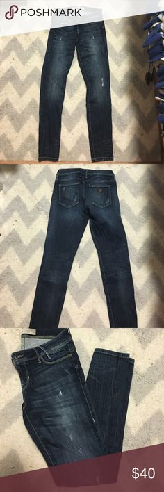 Guess jeans Distressed wash, stretch fit, worn only a few times! Guess Jeans Skinny