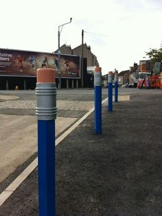 Pencil Bollards that Bristol City Council installed outside Millpond School. Street Installation, Urban Furniture, Street Furniture, Furniture Dolly, Furniture Online, 3d Street Art, Street Art Graffiti, Plans Architecture, Landscape Architecture