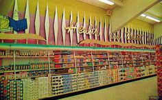 Googie decor at the Piggly Wiggly, 1960s even the Piggly Wiggly was sexy in the 60's