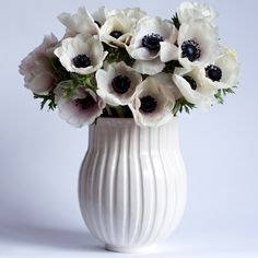 Francis Palmer Pottery Fluted Vase in White with black & white anemones ahhh my second favorite. They are so beautiful and different.