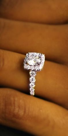 engagement rings and wedding rings / http://www.himisspuff.com/engagement-rings-wedding-rings/26/