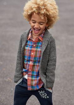 【Kids Boy】 ショールカーディガン/ID:297437 ※一部限定店舗での取扱い、2016/9/27以降販売予定 プラッドシャツ/ID:231056  ジョガーパンツ/ID:230521  #Gap, #ギャップ, #GapFall2016, #GapKids, #fashion, #ファッション, #シャツ, #チェック, #トップス, #リラックス, #カジュアル
