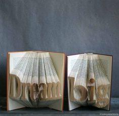 3D Book Art – Wörter in Bücher falten | dramaqueenatwork- ANLEITUNG
