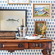blue and white wallpaper, vintage art, antique table, styling Decor, World Of Interiors, Australian Design, Cottage Decor, Home Decor Online, House Inside, Picture Frame Arrangements, Furniture Making, Oceanfront Living