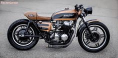 RocketGarage Cafe Racer: Gritty 750
