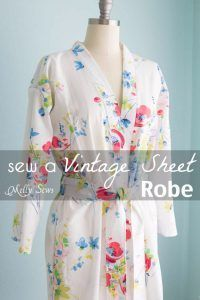 Quick DIY Gifts You Can Sew - Vintage Sheet Robe - Best Sewing Projects for Gift Giving and Simple Handmade Presents - Free Patterns and Easy Step by Step Tutorials for Home Decor, Baby, Women, Kids, Men, Girls http://diyjoy.com/quick-diy-gifts-sew Sewing Tips, Sewing Hacks, Kimono Top, Internet, Awesome, Fashion, Dress, Moda, Fasion