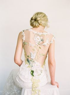 Summer Wedding Dresses Papillon couture embroidered wedding dress by Claire Pettibone is the ultimate spring or summer wedding dress with butterflies and floral details galore! Western Wedding Dresses, Classic Wedding Dress, Colored Wedding Dresses, Wedding Dress Styles, Designer Wedding Dresses, Bridal Dresses, Wedding Gowns, Floral Dresses, Outdoor Wedding Dress