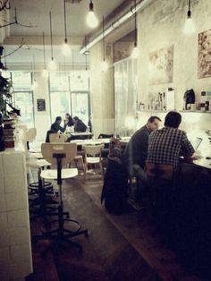 Restaurant Coutume Café  47, rue de Babylone, 7ème