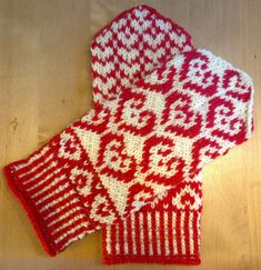 Knit Mittens, Knitting Socks, Crochet Christmas Decorations, Knitting Projects, Needlework, Gloves, Hats, Diy, Tejidos