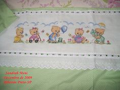 1 million+ Stunning Free Images to Use Anywhere Baby Cross Stitch Patterns, Cross Stitch For Kids, Cross Stitch Baby, Cross Stitch Animals, Applique Patterns, Cross Stitching, Cross Stitch Embroidery, Hand Embroidery, Embroidery Designs