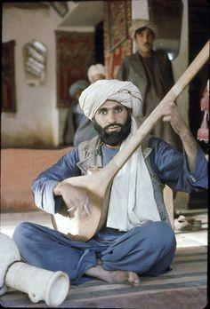 Musician, tea shop, Balkh, Afghanistan