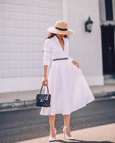 34 Vintage Summer Outfit for Women You'll Love Sophisticated Outfits, Elegant Outfit, Vestidos Vintage, Vintage Dresses, Pretty Outfits, Cute Outfits, Vintage Summer Outfits, Casual Dresses, Summer Dresses