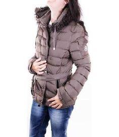 #Moncler #Piumino Mod. ZIND20111692 Marrone Donna - SP-352817F - Prezzo: € 340.3 - Codici #sconto #SALDI