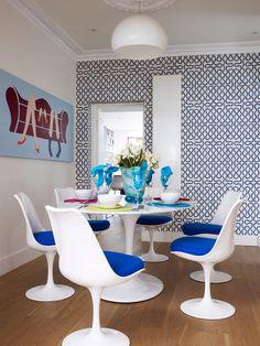 Contemporary Dining Room by aegis interior design ltd Vintage Sofa, Living Room 70s, 70s Decor, Home Decor, Famous Interior Designers, Blue Cushions, Modern Dining Table, Dining Room Design, Dining Rooms