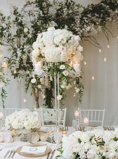 Wedding Centerpiece Inspiration - Photo: Mango Studios