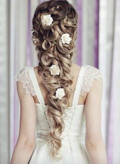 Wedding Pins, On Your Wedding Day, Bride Hairstyles, Easy Hairstyles, Hairstyle Ideas, Funky Hair Colors, Disney Princess Hairstyles, Medieval Hairstyles, Winter Wedding Hair