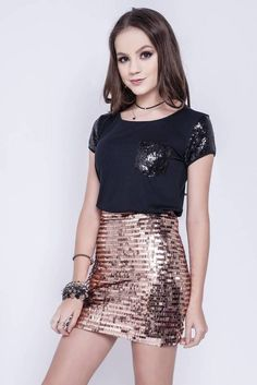 Preteen Girls Fashion, Girl Fashion, Beautiful Little Girls, Sequin Skirt, Hot, Skirts, Beauty, Divas, Mario