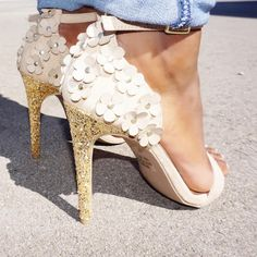 Shop hot shoes and fashionable, trendy high heels. Discover amazing deals and coupon gifts from trusted online shoe shops. Equestrian Boots, Western Boots, Discount Shoes Online, Bootie Boots, Shoe Boots, Tall Winter Boots, Online Shopping Shoes, Prom Shoes, Cute Shoes