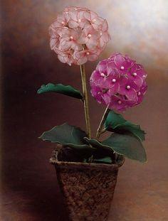 FREE PHOTO TUTORIAL ~ Nylon flowers