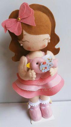 Felt Fabric, Fabric Dolls, Paper Dolls, Sewing Crafts, Sewing Projects, Projects To Try, Felt Crafts Dolls, Sewing Dolls, Felt Toys