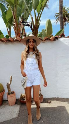 Day Trip Outfit, Beach Day Outfits, Outfits For Mexico, Florida Outfits, Hawaii Outfits, Honeymoon Outfits, Spring Outfits, Summer City Outfits, Cancun Outfits