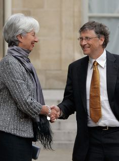 Christine Lagarde Photo - Bill Gates Meets President Nicolas Sarkozy At Elysee Palace