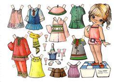 Muñeca recortable y sus vestidos