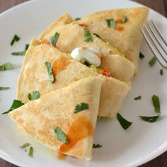 Triggers Breakfast Quesadilla- egg whites and Pam on the Griddler What's For Breakfast, Morning Breakfast, Breakfast Dishes, Breakfast Recipes, Breakfast Quesadilla, Beach Meals, Seafood Restaurant, Low Calorie Recipes, Grilling Recipes