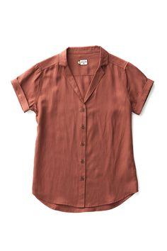 Bridge & Burn burgundy button up shirt womens Innes copper Button Up Shirt Womens, Short Sleeve Button Up, Button Up Shirts, Camisa Floral, Casual Tops For Women, Shirt Outfit, Fashion Outfits, Emo Fashion, Clothes For Women