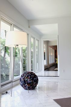 contemporary living room by Jeff Jones