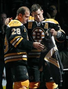 Congrats to the Bruins on a great run last year. Gonna miss old #28. What a wonderful hockey player Mark was :O)