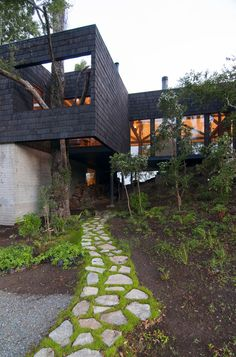 Ranco House Elton Lienz 14 Welcoming Ranco House in Chile Showcasing Charming Rustic Details
