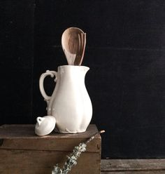 urban farmhouse ivory ceramic pitcher with lid by pippamarxstudio