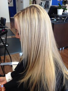 Ash blonde highlights with beige lowlights.
