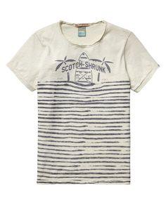 Camiseta de rayas con logotipoCamiseta de rayas con logotipo